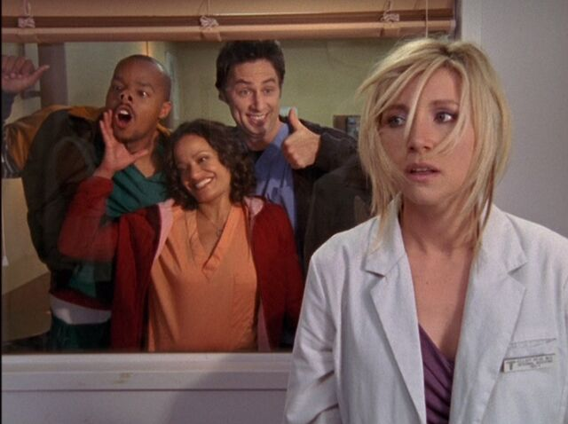 File:5x4-Elliot is found at free clinic.jpg