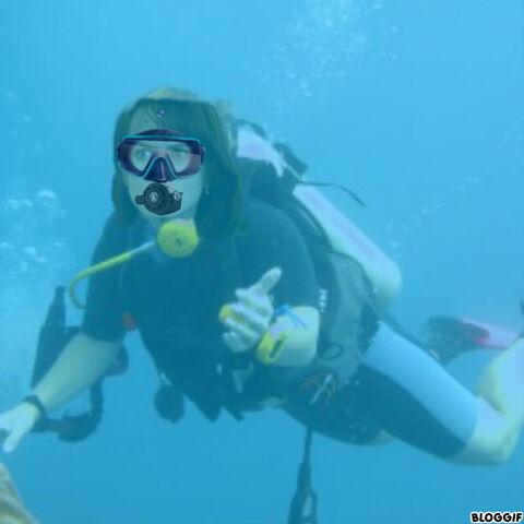 File:Nicole Kidman scuba diving.jpg