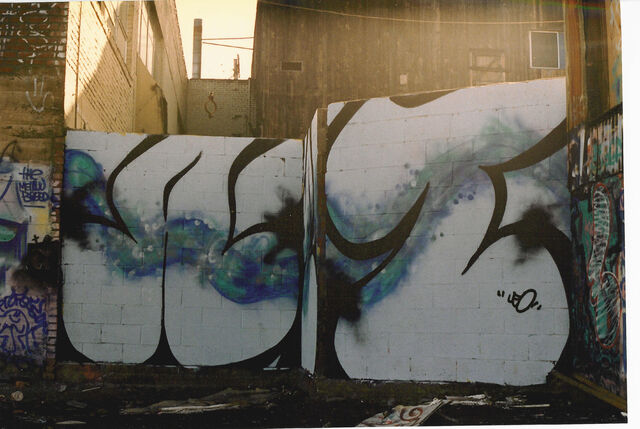 File:Seattle Cap Hill graffiti 1993 - 03.jpg
