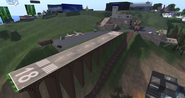 File:Talakin Airport, looking SE (03-15).png