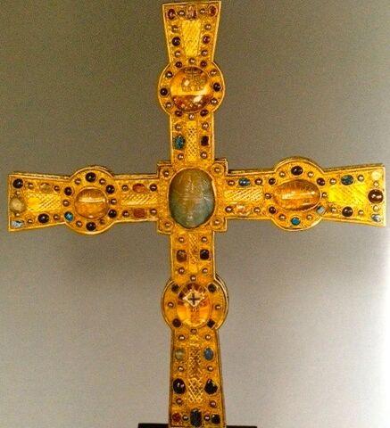 File:Heinrich-cross.jpg