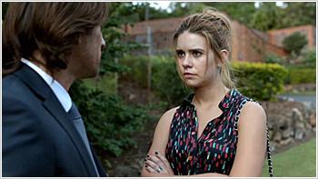 File:Australian Series-1x02-11.jpg