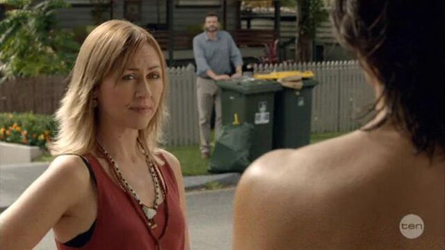 File:Australian Series-1x01-13.jpg