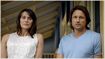 File:Australian Series-1x01-42.jpg