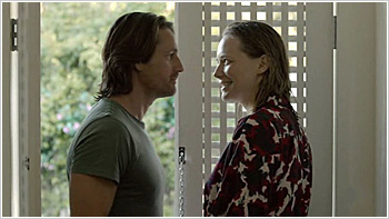 File:Australian Series-1x06-1.jpg