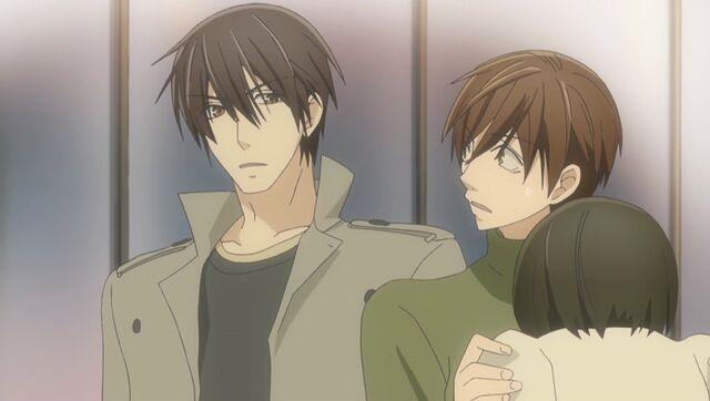 File:Takano sees Ritsu and Saeki ep07.jpg
