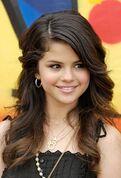 Selena-gomez-1-