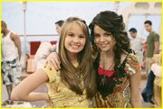 Selena-gomez-and-debby-ryan