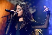 Selena-gomez-z100s-jingle-ball-2015