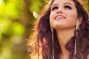 Selena looking up