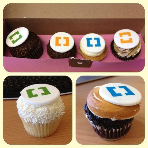 File:Wikia karas cupcake.jpg
