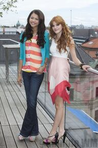 95393 Preppie Bella Thorne and Zendaya Coleman posing for a photo shoot on a hotel in Munich 14 122 60lo