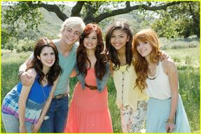 Zella-with-DebbyRyan-RossLynch-LauraMarano