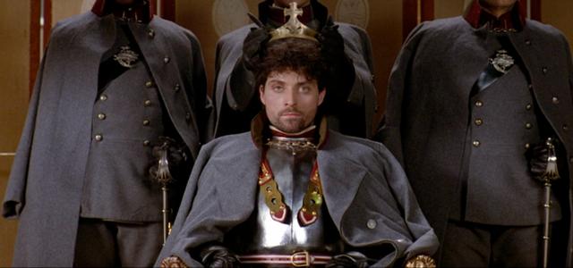 File:Fortinbras Crowned King.png