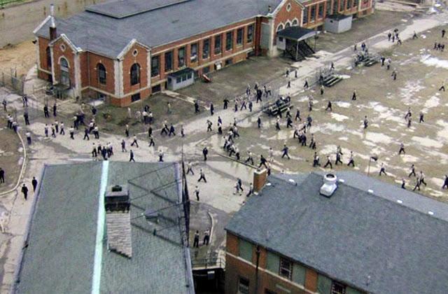 File:Shawshank State Prison Outside.jpeg