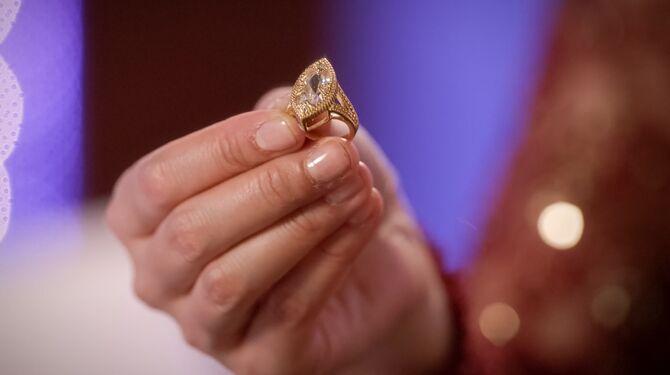 Josh's grandmother's ring