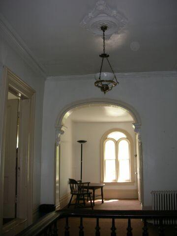 File:Waukegan 438 interior upstairs nook.jpg