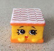 Nilla slice toy