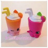 Berry smoothie toys
