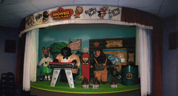Rock-afire Explosion mini-stage