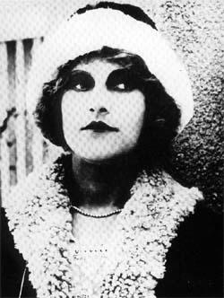 File:Anita Berber 1922.jpg