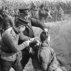 Calzadorian Officer mock executes Kuetonese resister