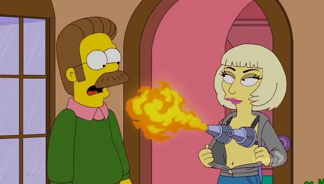 File:Lisa Goes Gaga 61.JPG