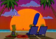 Simpsons-Little-Big-Mom-Homer-sings-Aloha-Oe-in-bg-Hawaiian-sunset-crop