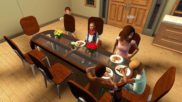 File:Dinnertimewithemmyandfourkids.jpg