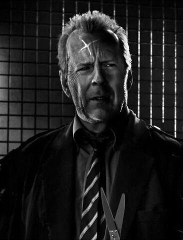 File:Bruce-willis-in-sin-city-a-dame-to-kill-for-movie-4.jpg