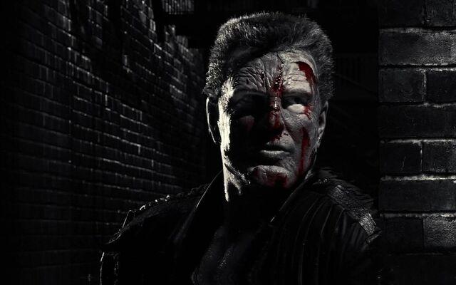 File:Marv covered in blood.jpg
