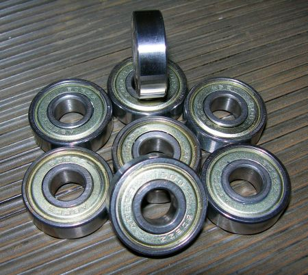 File:Bearings.jpg