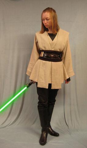 File:Human Female Jedi by Verdaera.jpg
