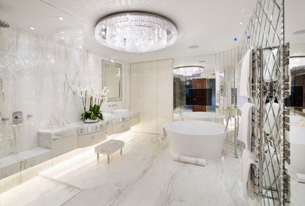 File:Davey Roche RV downstairs bathroom.jpg