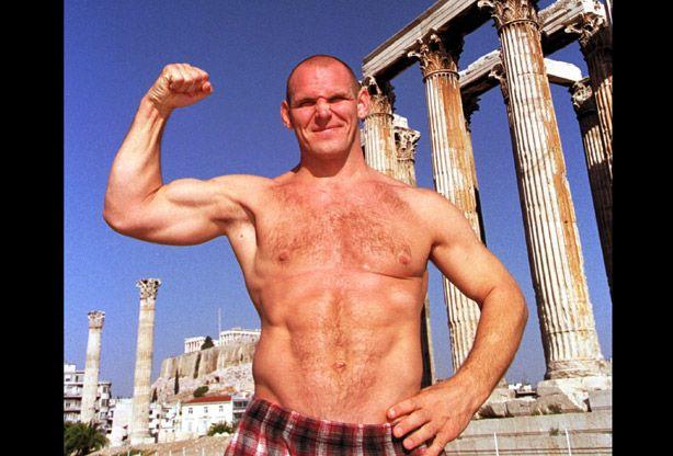 File:Alexander Karelin in Athens - Akropolis.jpg