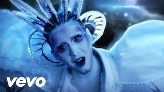 Katy Perry - E.T. ft