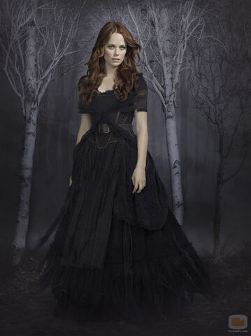 File:39908 katia-winter-interpreta-katrina-crane-sleepy-hollow.jpg