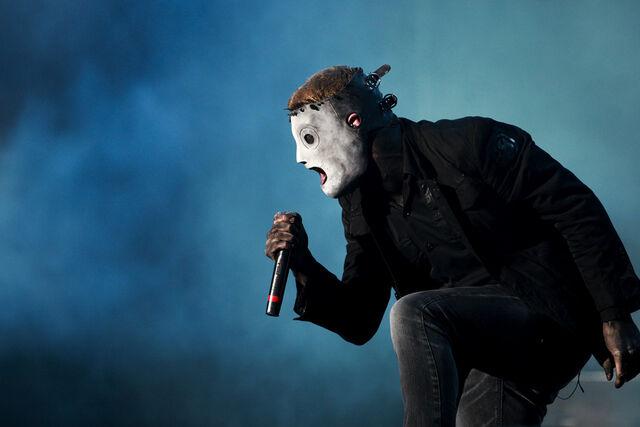 File:Corey Taylor of Slipknot at Optimus Alive Festival 2009 2.jpg