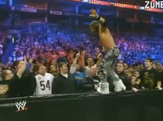 File:Carrierlp-royal-rumble-2011-9825-2.jpg