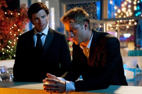 File:Smallville - Clark & Oliver.jpg