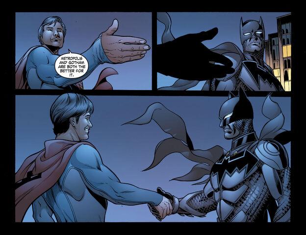 File:Batman Smallville 58bdca8e794420f4f34c0f14b71eb73b.jpg