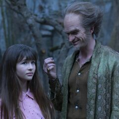 Violet and Count Olaf.