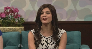 File:SNL Cecily Strong as Rosie Perez.jpg