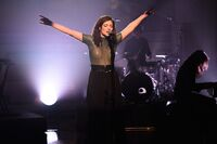 Lorde-performs-liability-3-11-17