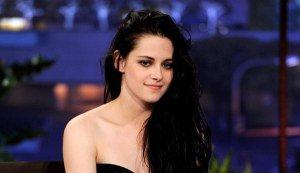 File:Kristen-stewart-looks-dark-smokey-on-the-tonight-show-with-jay.jpg