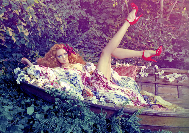 File:Lily Cole by Michael Labica & Sandrine Dulermo (Lily In The Sky With Diamonds - Plastic Dreams 6 Fa.jpg
