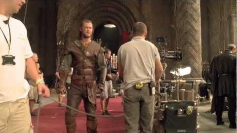"Snow White and The Huntsman - On The Set ""The Huntsman First Day"""