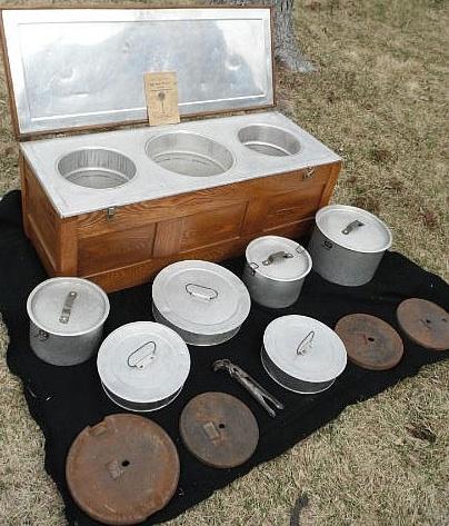 File:Resilience mulitple pot fireless cooker, 7-7-14.jpg