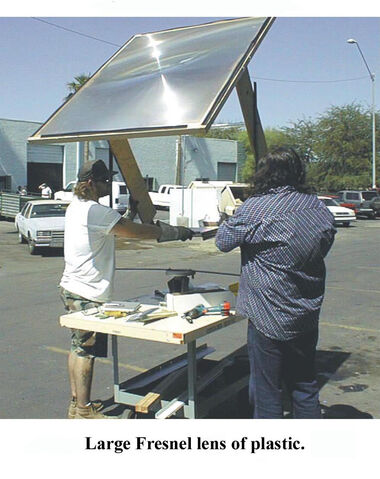 File:Solar-cooker-design-large lens.jpg