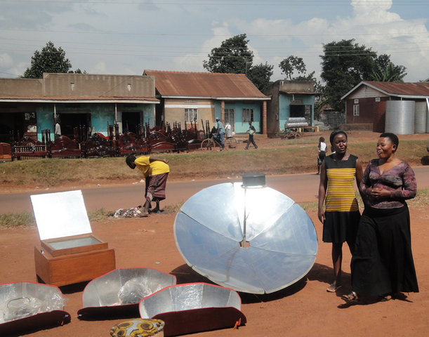 File:KoZon workshop in Uganda, June 2016.png